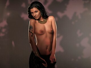 ExoticKarli private camshow camshow