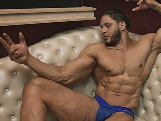 OrlandoGray shows pussy nude